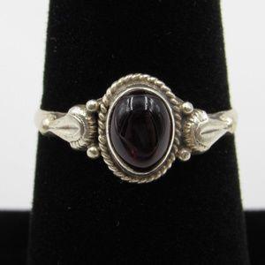 Vintage Size 7.5 Sterling  Garnet Ornate Band Ring